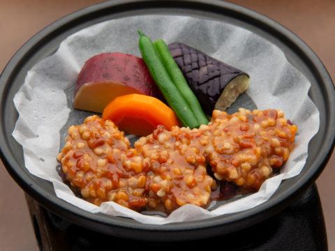 伊豆のジビエ 鹿の蕎麦米味噌焼