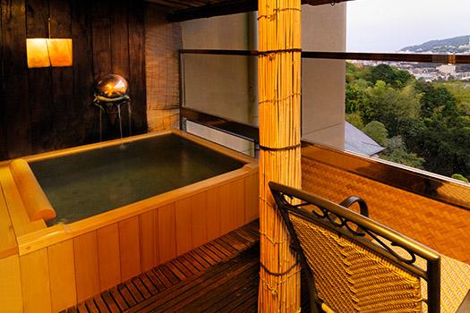 Open-air bath Room
